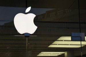 Apple products are gaining popularity in the business world, according to a new survey.